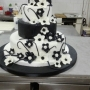 Torta black and white